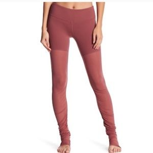 Alo bliss legging in dusty rose size small